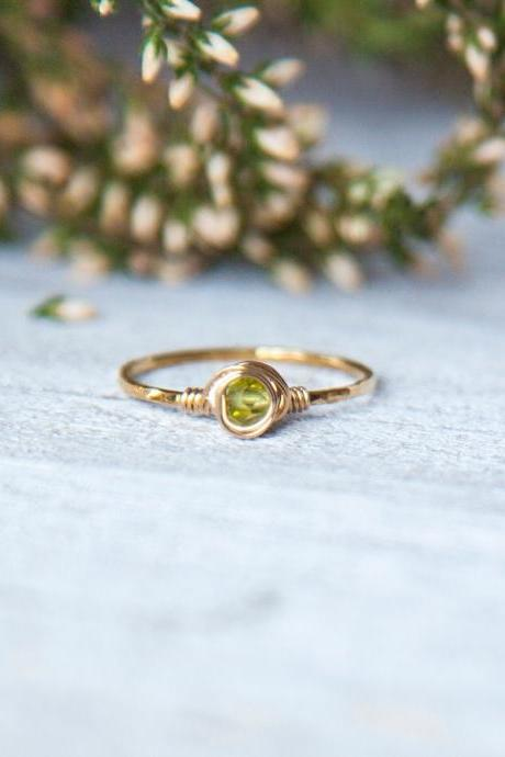 Faceted Peridot Ring, Gold Filled Natural Peridot Ring, August Birthstone Ring, Hammered Ring, Textured Ring, Wire Wrapped Gold Ring
