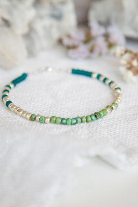 Green Turquoise Glass Bead Bracelet