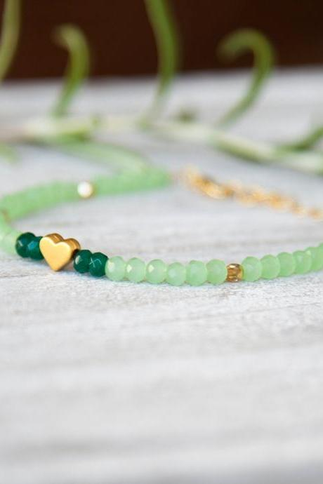 Gold Heart Emerald Jade Bracelet, Beaded Bracelet, Dainty Heart Bracelet, Green Gemstone Stacking Bracelet, Gift Adjustable Bracelet